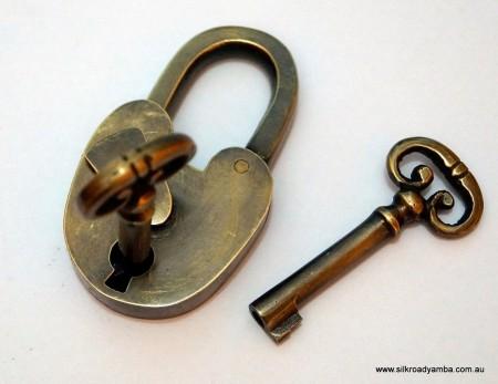 "Padlock Vintage stye antique look solid heavy brass aged key lock works long neck 2"""