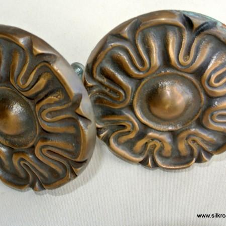 2 rosette back plates solid brass aged cast vintage style heavy 50 mm FLOWER