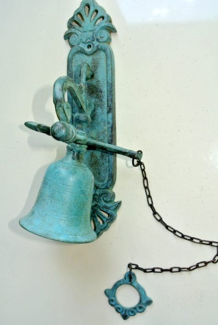 """BELL front door heavy Vintage style 8.1/2 """"antique look solid brass aged Chain nice sound antique green seaside oxidized patina"""